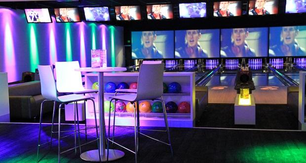 Fresh Goes Bowling at Kingpin Norwood