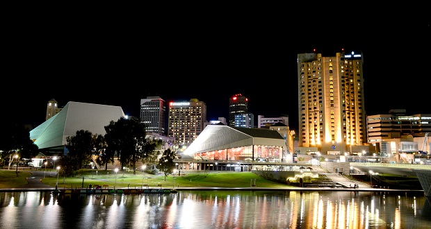 Adelaide_Festival_Centre_at_Night