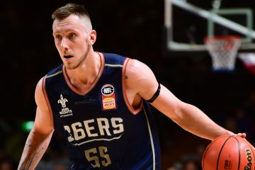 ADELAIDE, AUSTRALIA - OCTOBER 14:  Adelaide's Mitch Creek during the round two NBL match between the Adelaide 36ers and Melbourne United at Titanium Security Arena on October 14, 2017 in Adelaide, Australia.  (Photo by Mark Brake/Getty Images)
