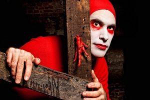 Red-Bastard-Eric-Davis-Showpeople-wk-15-2014-credit-Justin-Bernhaut-compressor